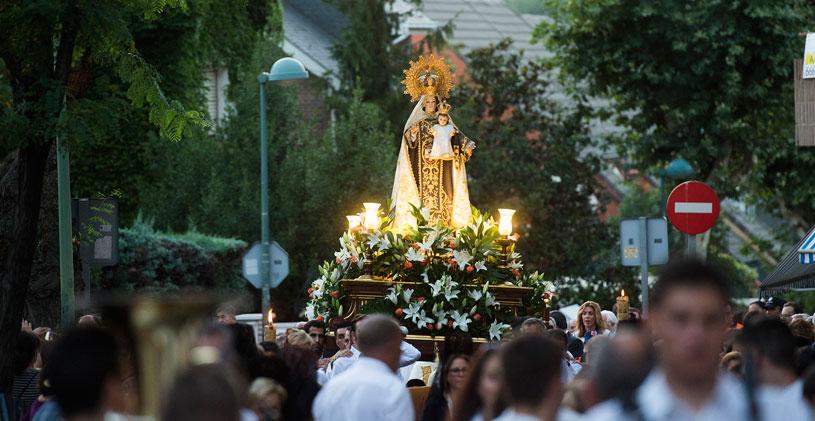 Procesión-Virgen-del-Carmen.jpg